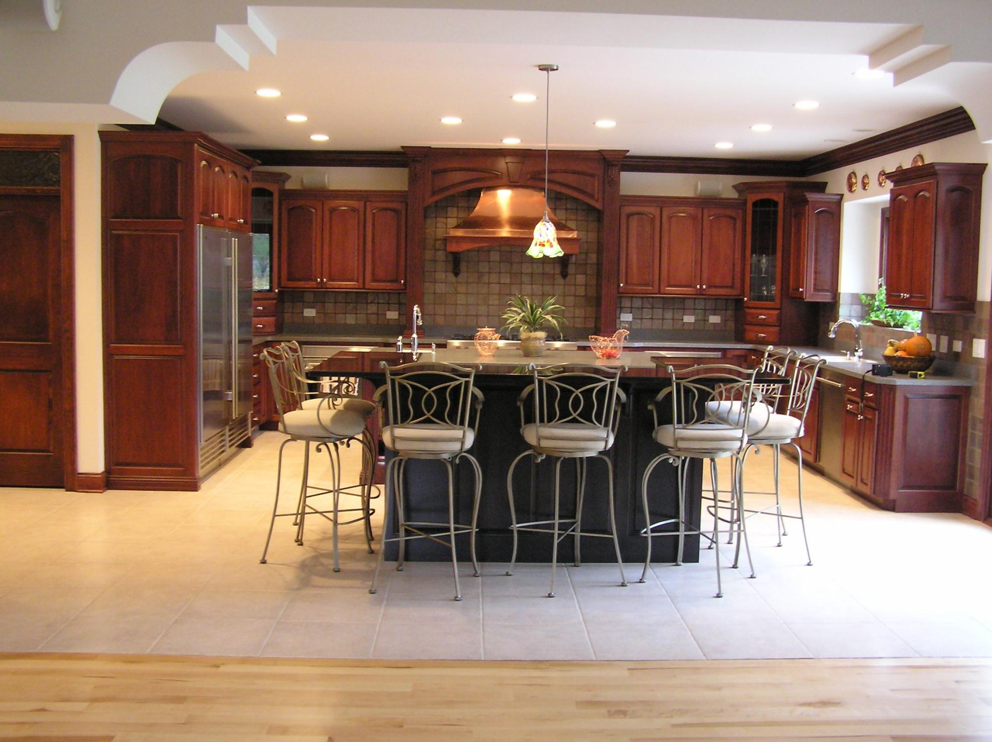 kreative kitchen with islands